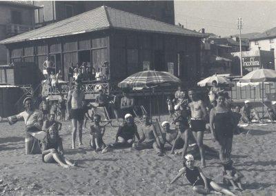storia fotografica mirage beach albissola 18