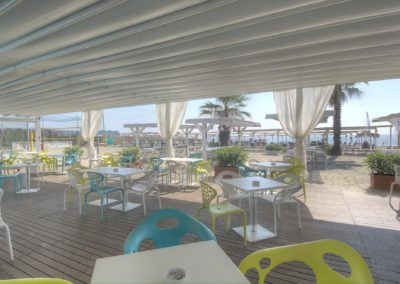 bar mirage the beach (10)